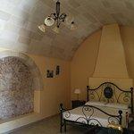 camera con letto in ferro battuto numero 2