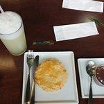 Empada de frango, suco de Abacaxi com hortelã e um mouse de chocolate, estavam muitos gostosos.