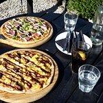 Element and Platinum Pizzas