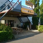 Photo of hotelF1 Moulins sud