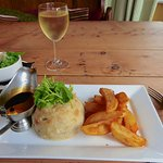 Steak suet pudding with chips
