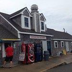 Foto de Chatham Pier Fish Market