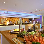 Our Tamarind Brasserie restaurant offers all day dining local and international cuisines to sati