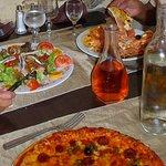 salade et pizzas
