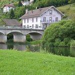 hôtel au bord du Doubs