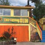 Pepe Serrano's, Colorful Exterior