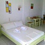 Aeolos Hotel Apartments resmi