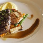 News Steaks & grill Foto