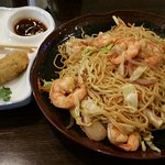 Shrimp udon and fried oysters