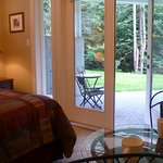 Algerine Suite - Discovery Place Retreat