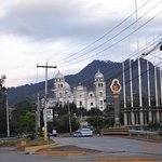 Al final del boulevard Suyapa se encuentra una iglesia preciosa, digna de visitar...