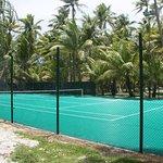 Une partie de tennis au milieu des palmiers?