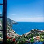Lunch spot overlooking Positano.