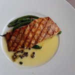 Salmon with fresh green beans in a lemon caper sauce