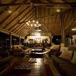 Снимок Simbavati River Lodge