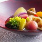 15種類の季節野菜のおひたし 15kinds of vegetable with broth