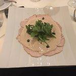 Vitello Tonnato - TOP! (oft wird zu viel Thunfisch-Sauce serviert und hier ist es perfekt dosier