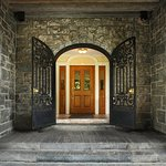 Tarrytown_Wedding_BiddleEntrance