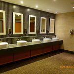 Photo de Premier Inn London Gatwick Airport (North Terminal) Hotel