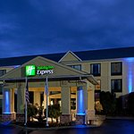 Photo of Holiday Inn Express Hotel & Suites Charlotte Airport-Belmont