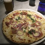Hawaïenne pizza summer deal ! 1 pizza + 1 beer free. really great