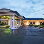 Welcome to the Holiday Inn Express Christiansburg.