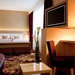 Photo de Hotel Mondial am Dom Cologne MGallery by Sofitel
