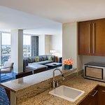 Premier Suite City View w/Kitchenette