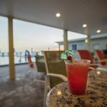 Pearly's Beach Eats Poolside Cafe & Lounge