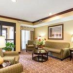 Photo of Comfort Suites Forrest City
