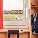 Ibis Friedrichshafen Airport Foto