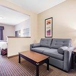 Foto de Comfort Suites Kelowna