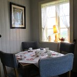 Charmante petite table