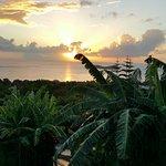 """coucher de soleil depuis la terrasse du """"lagon bleu"""""""