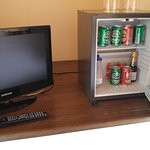 mini bar plus TV avec satellite et cable