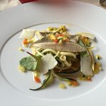 Très bon restaurant , plats succulents, personnel souriant. Je recommande vivement.