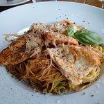 chicken pesto tomato sauce with angel hair pasta