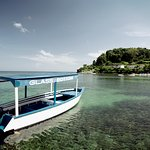 Round Hill & Glass Bottom Boat