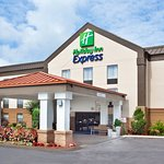 Photo de Holiday Inn Express & Suites Kimball