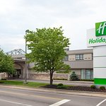 Holiday Inn Cincinnati Riverfront