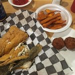 Billede af Fish Hook Grill
