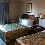 Photo de Quality Hotel & Suites Airport East