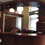 Recepción del Hotel Alisi en la localidad de Aranda de Duero, capital y cuna de la Ribera del Du