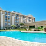 Photo de Holiday Inn Dallas DFW Airport Area West