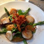 Scallops with asparagus and orange.
