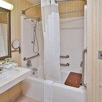 Foto de Holiday Inn Express Breaux Bridge (Lafayette Area)