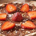 Nutella and Strawberry Pizetta