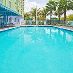 Photo de Holiday Inn Express Hotel & Suites Ft. Lauderdale Airport/Cruise