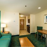 Photo de Holiday Inn Express & Suites Jacksonville - Blount Island