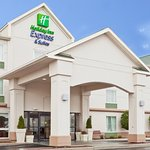 Holiday Inn Express Suites Frackville